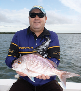 A run of legal snapper in the Broadwater has been a welcome surprise. Brett hooked this one on his favourite 1/2oz Kato blade.