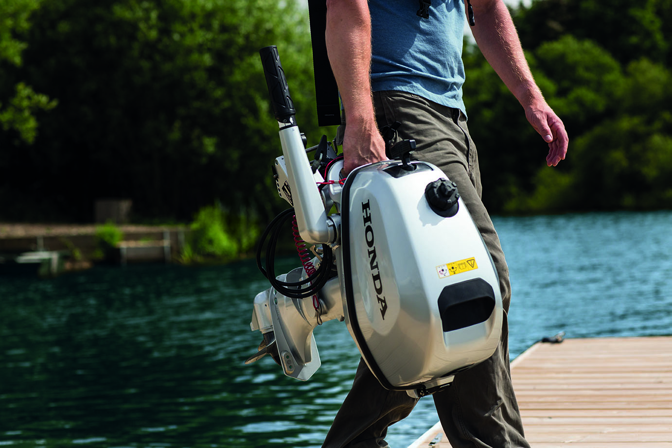 Honda marine introduces new portable outboards bush 39 n for Used outboard motors nj