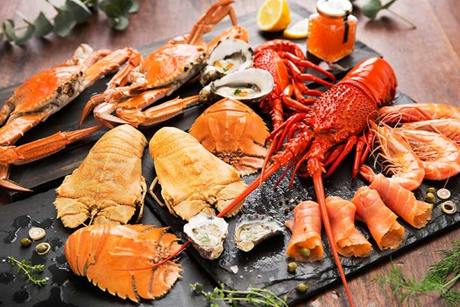 Support your local seafood industry this Christmas