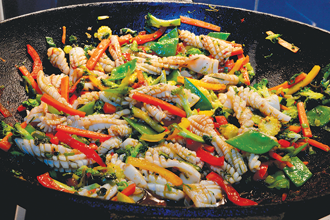 Thai-style stir-fried squid recipe