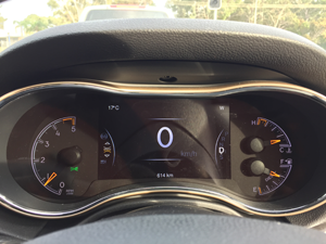 The TFT instrument cluster is a pleasure to view day or night.