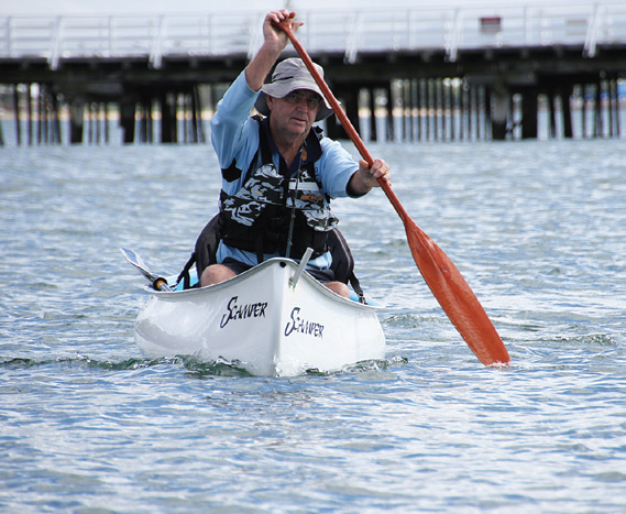 Ross showed the performance with a single paddle.