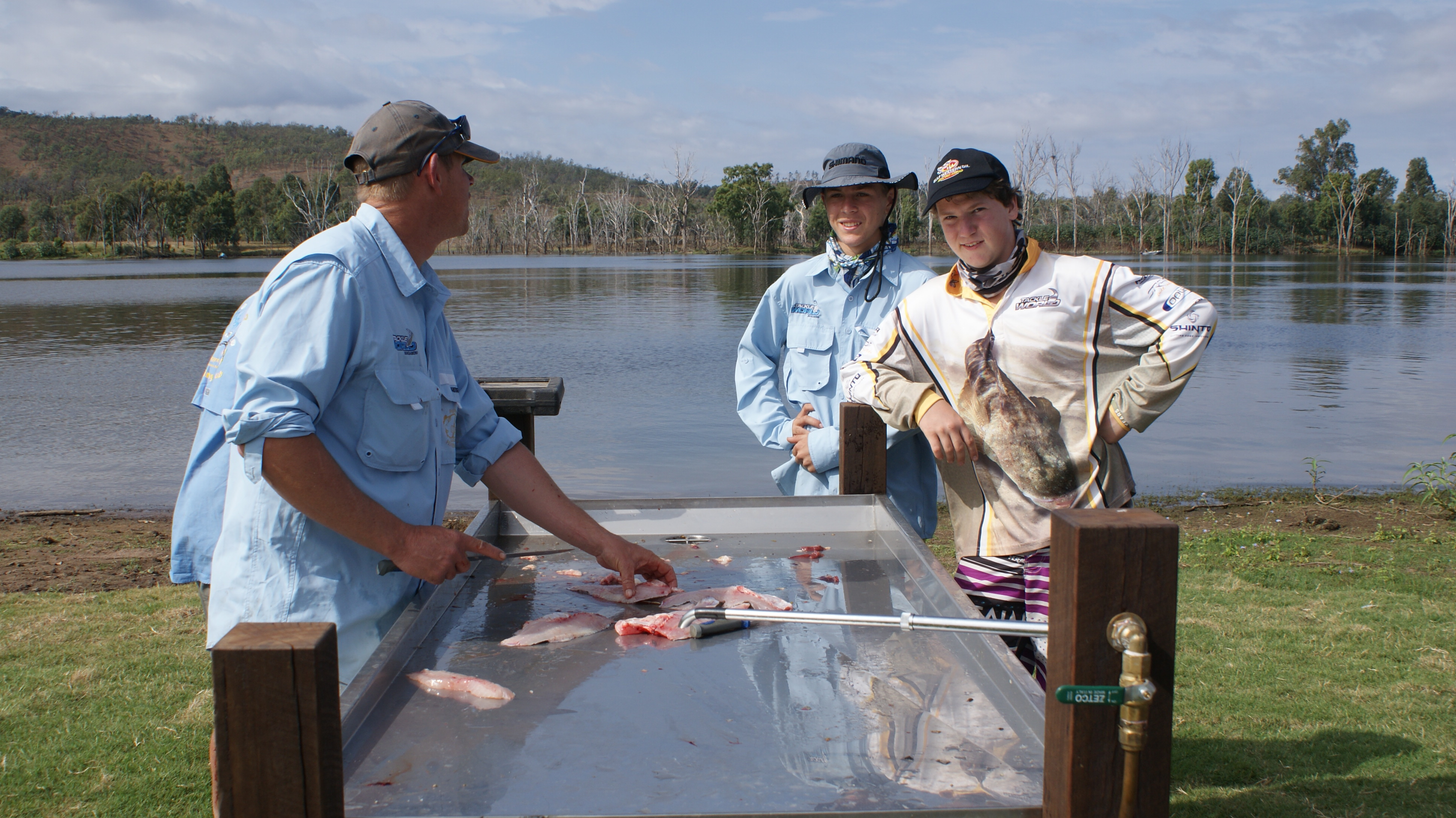 Brad Doyle of Gayndah showed a couple of SES Cadets how to fillet fish.