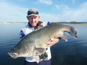Brock Stewart from Inverell and a 112cm Copeton cod boated on a Bassman DT.