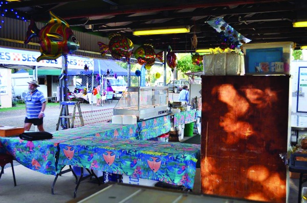 The decorated food stand.