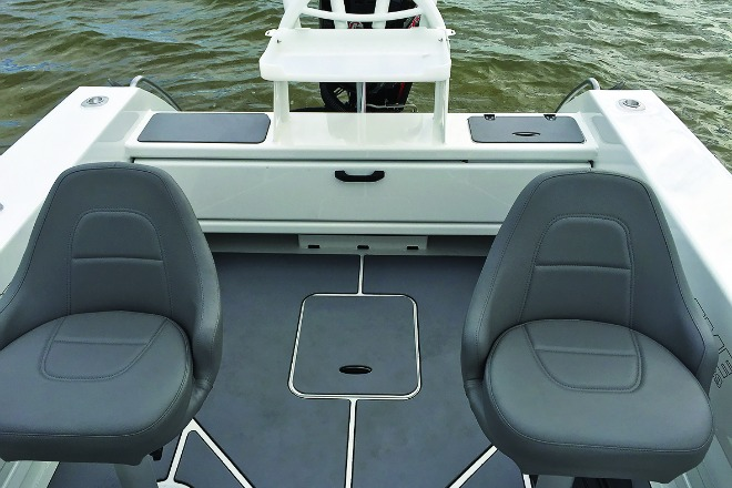 Extreme 545 Side Console a fishing weapon - Bush 'n Beach Fishing Mag