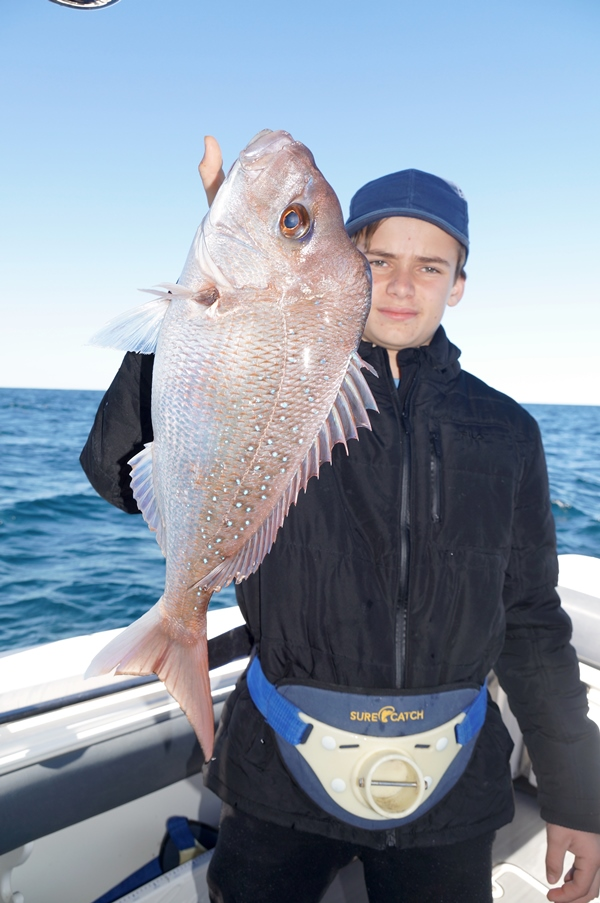fishing offshore snapper