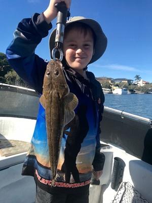 kids fishing coomera brad smith