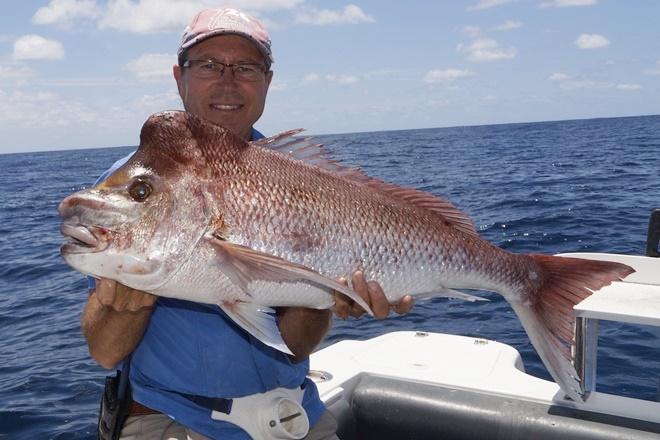 catching snapper offshore brisbane