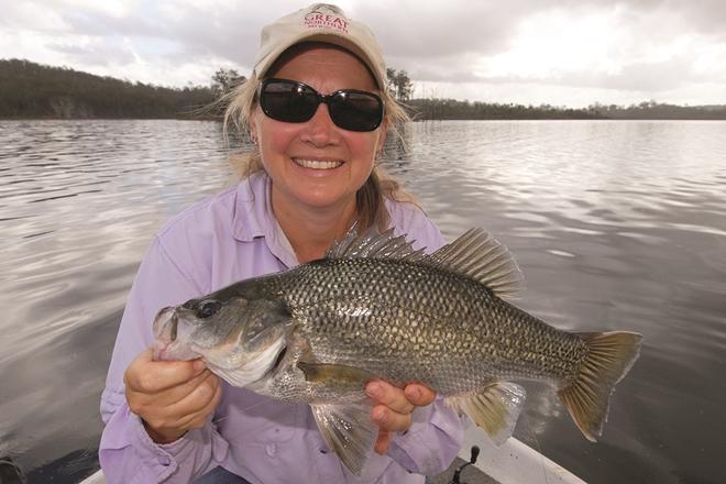 Awesome Lake Wyaralong bass fishing