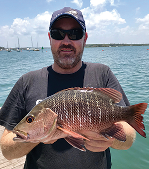 fishing tin can bay